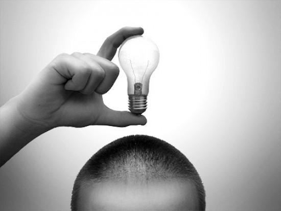ideia-lampada-inovacao-processo-criativo-desenvolvimento-produto-e1306976319583